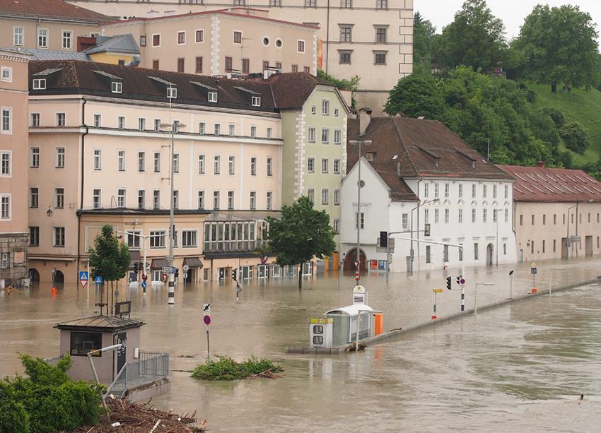 Hochwasser in Linz (Österreich) – Flood in Linz (Austria)